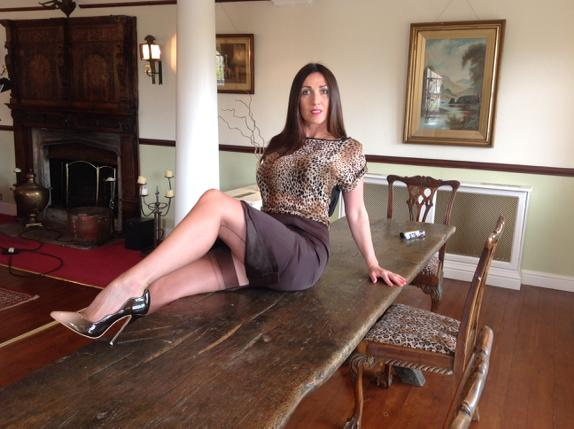 Stocking Tops And Upskirt Glimpse #MissHybridStocking Tops And Heels #MissHybridLive From The Manor Today