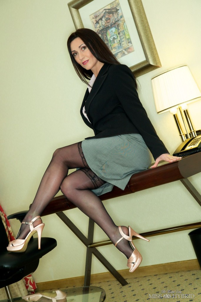 Nylons Office