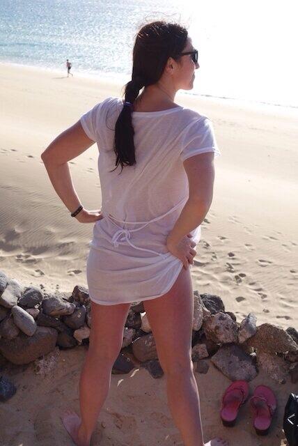 bumbum wiggle, Miss Hybrid, beach, MissHybridLive