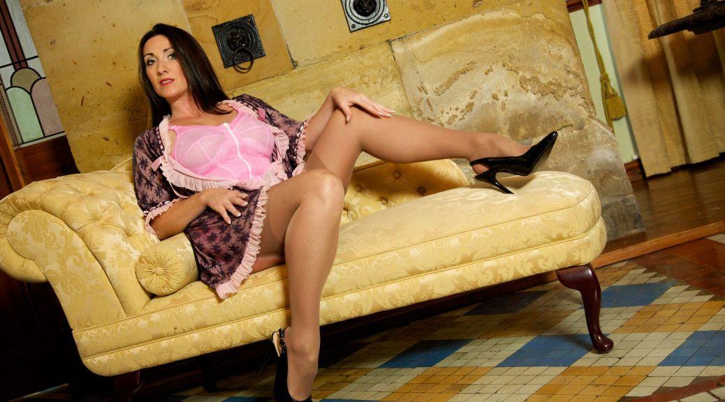 English lady vintage lingerie, Miss Hybrid, nylons, double penetration, stilettos, toys