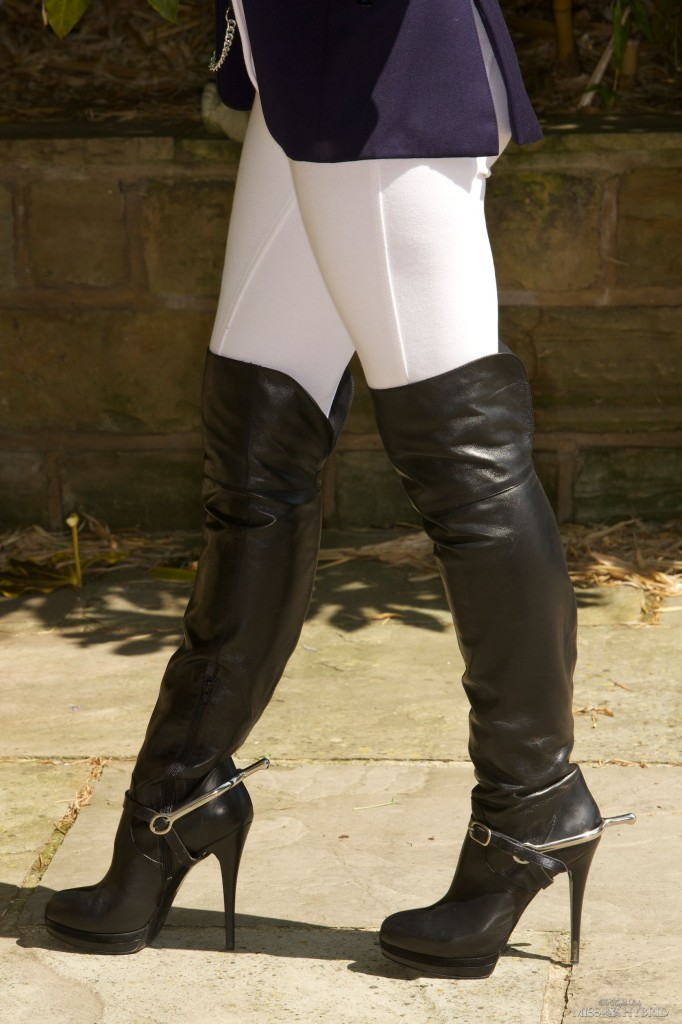 ready to ride, Miss Hybrid, equestrian, jodhpurs, boots, spurs