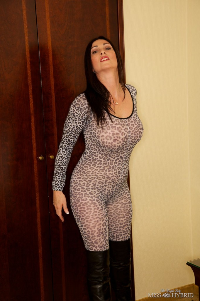 Kinky catsuit thigh boots, Miss Hybrid, magic wand