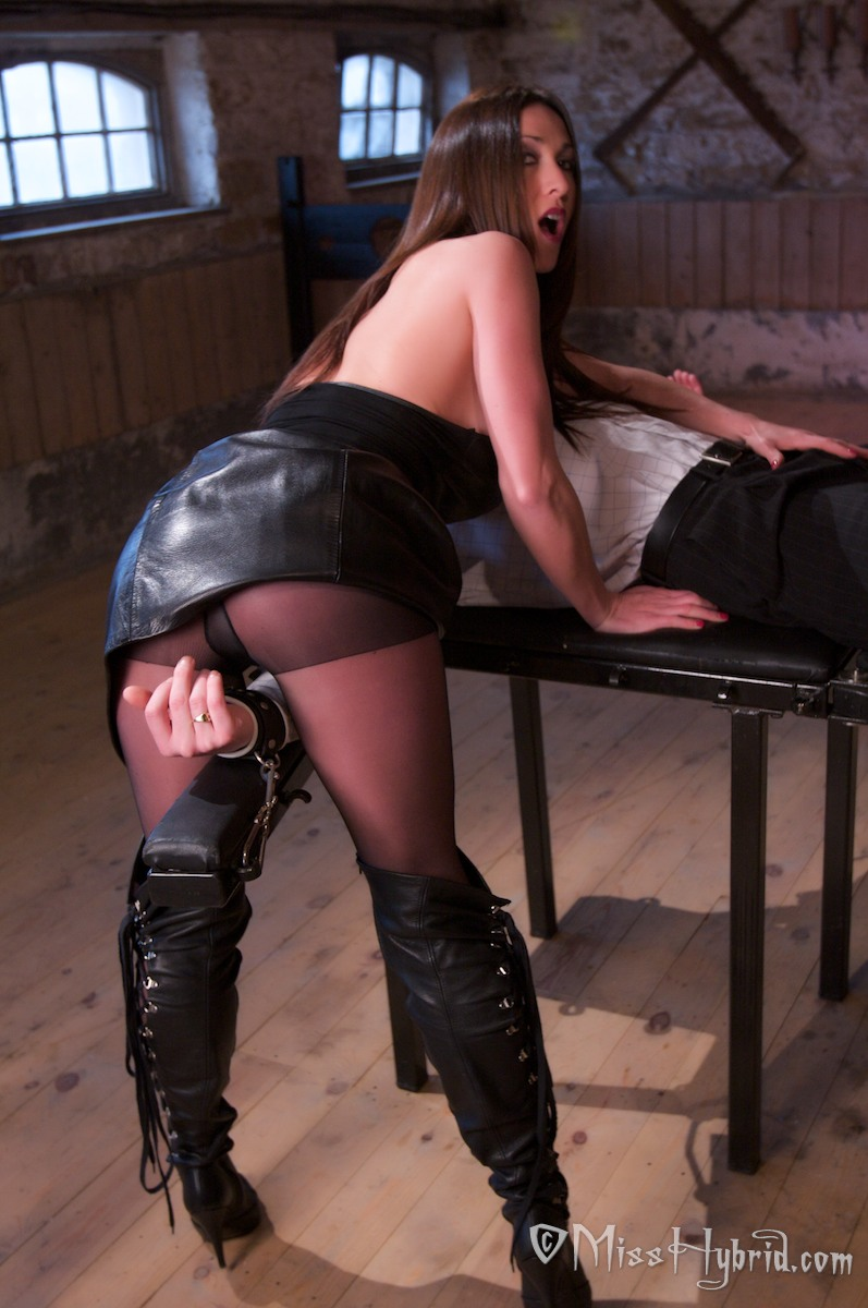 Dungeon Mistress Miss Hybrid Members Erotic Stories, boots, latex, leather, heels