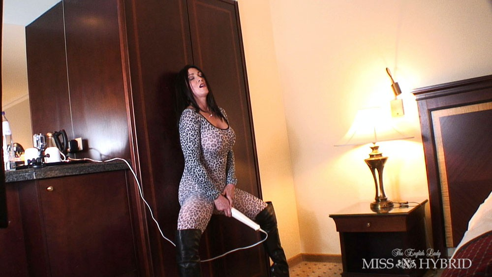 Miss Kitty, Miss Hybrid, thigh boots, catsuit