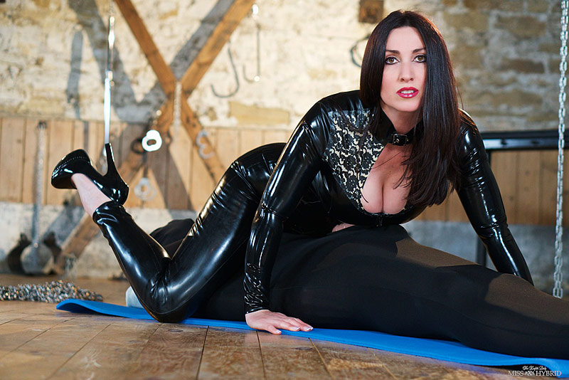 Miss Hybrid free summer newsletter latex catsuit and erotic reading.