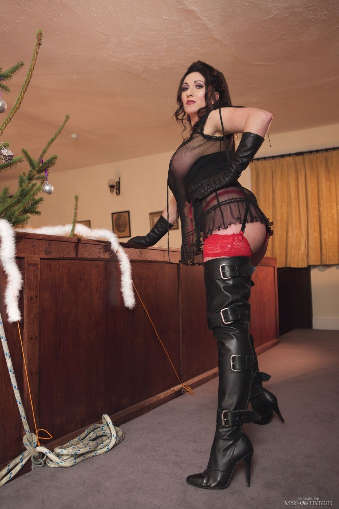 misshybrid-thighboots-busty-stockingtops