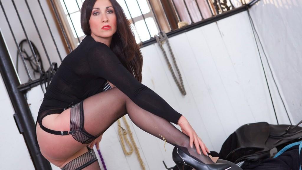 sybian ride, Miss Hybrid, stockings, nylons, stilettos, big cock, pussy, busty